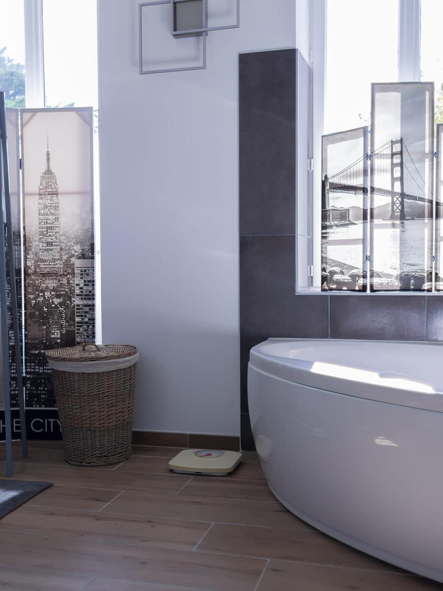 Salle de bain - Piscine - Maison individuelle - ile d'Oléron